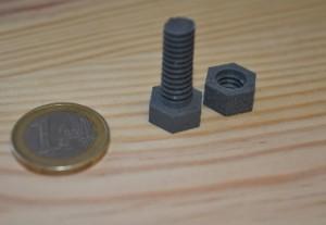 Pièces imprimées avec le filament acier inoxydable