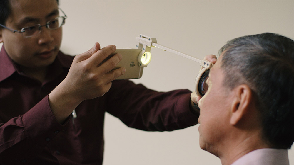 Smartphone kit oculaire 3D